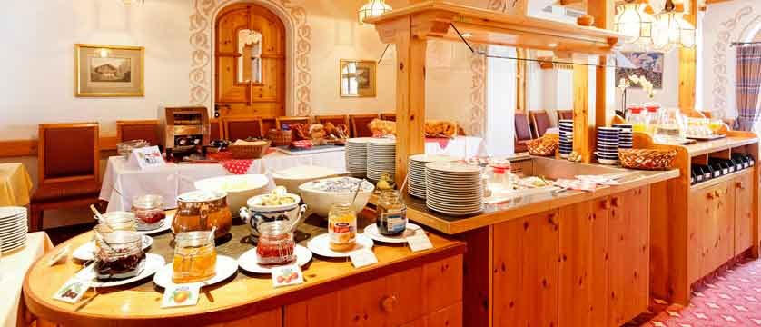 Hotel Derby, Grindelwald, Bernese Oberland, Switzerland - buffet.jpg